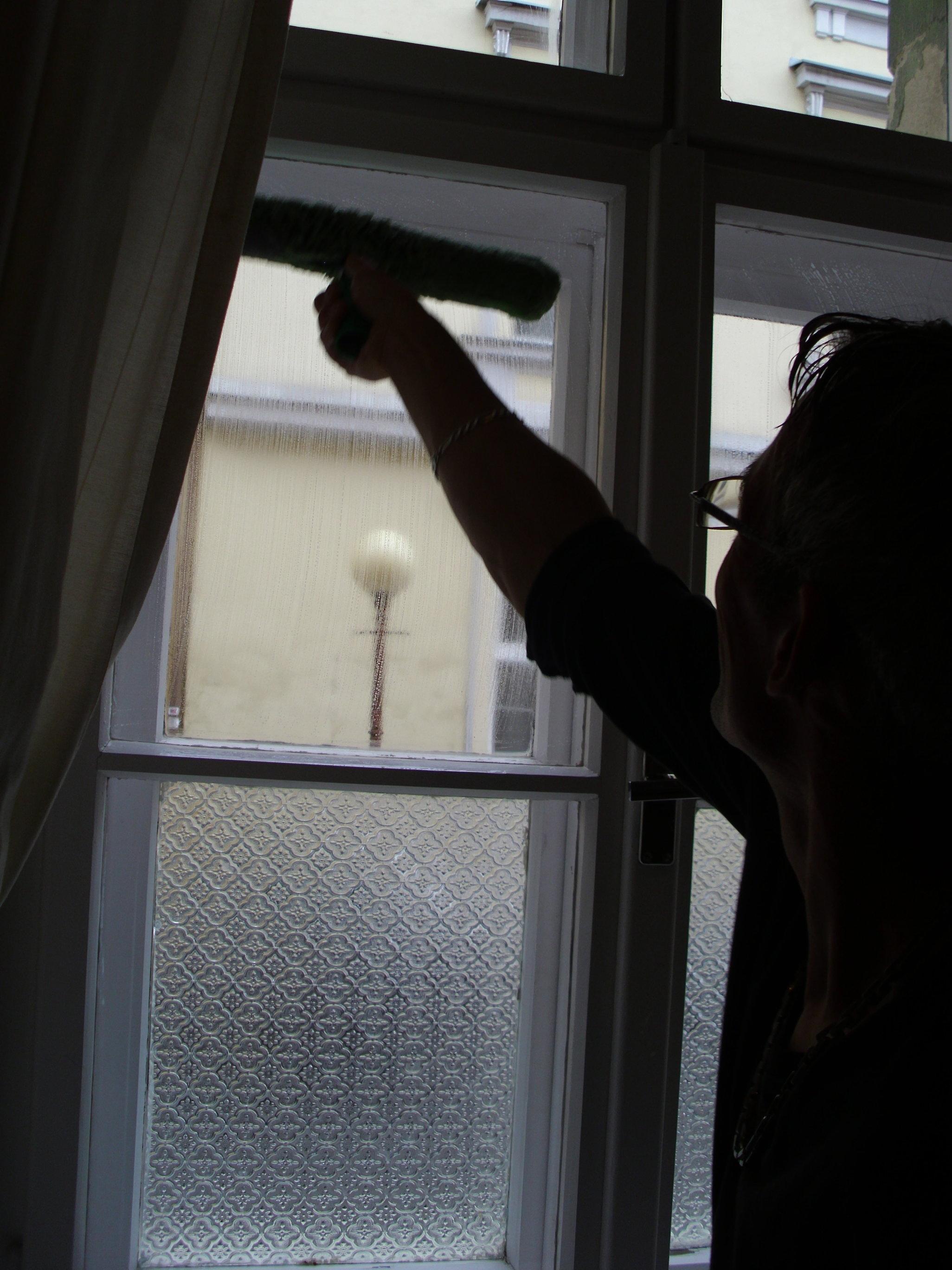 Umývanie okien domu, domácnosti Bánovce nad Bebravou