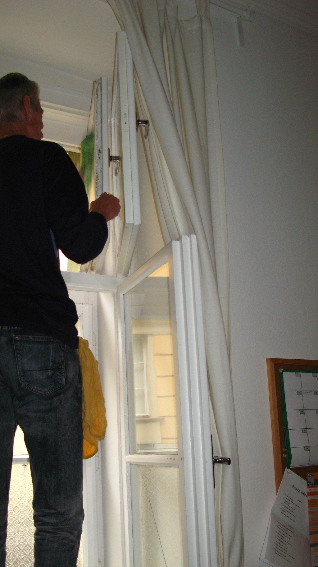 Umývanie okien Bánovce